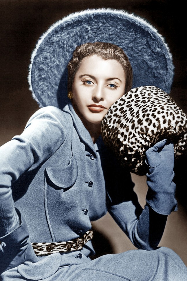 stanwyck-1940-copen-blue